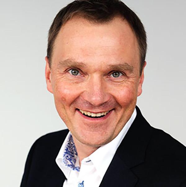 Dr. Grzegorz Ombach